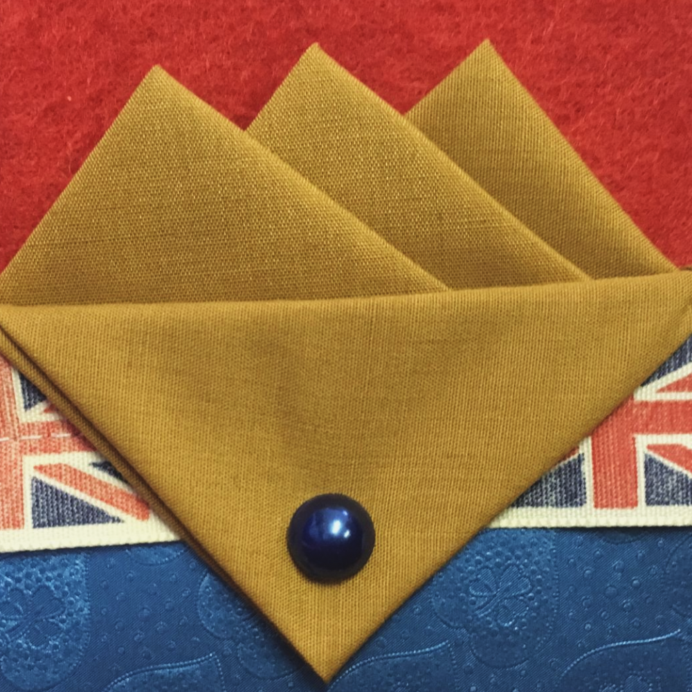 Yellow (Mustard) Three Point Pocket Hankie & Pin